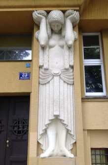 hardworking statue