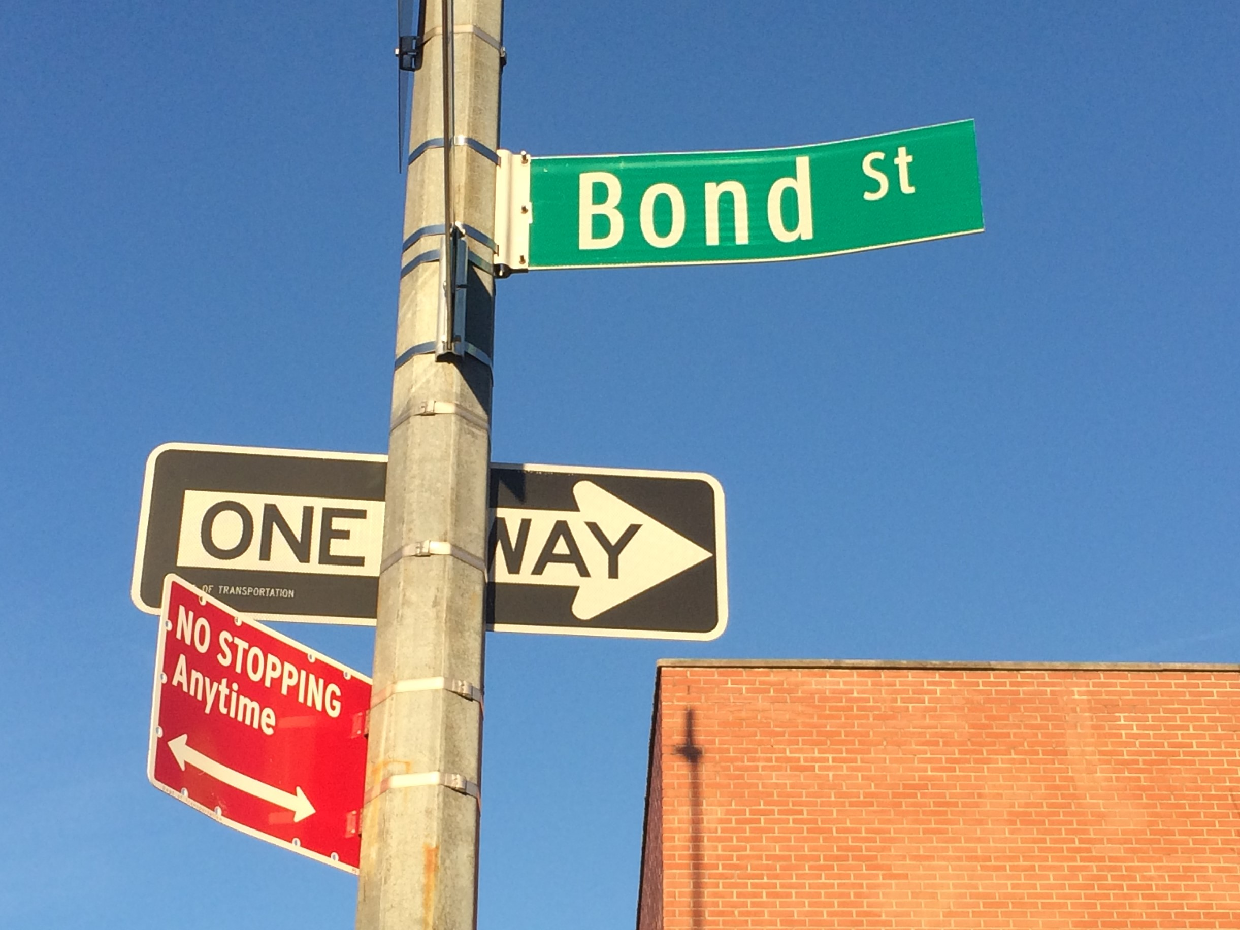 Bond St sign